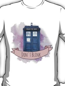 "TARDIS ""don't blink"" T-Shirt"