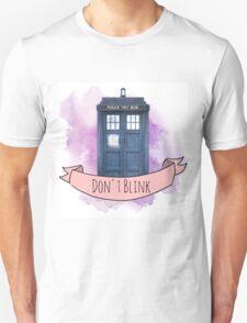 "TARDIS ""don't blink"" T-Shirt"