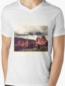 Garden of the Gods, Denver Mens V-Neck T-Shirt