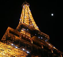 Le Eiffel Tower by Jessica Kruer