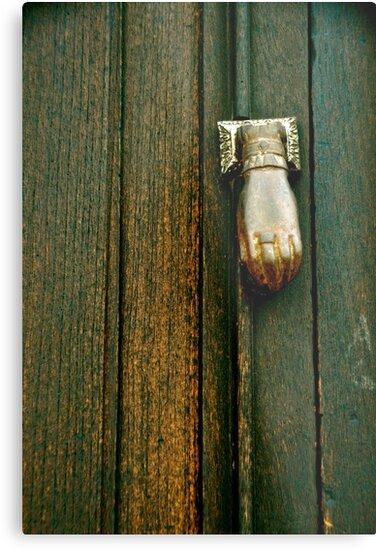 The Hand that Knocks by Valerie Rosen