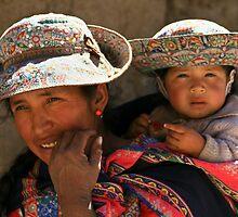 WOMAN AND CHILD FROM COLCA / PERU by Christine Kradolfer