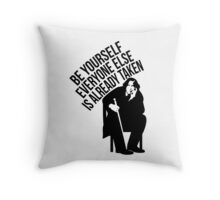 Oscar Wilde - Quote Series. Throw Pillow