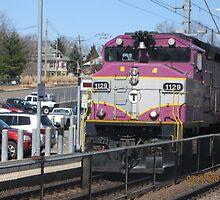 1129 MBTA Commuter Line by Eric Sanford