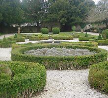 Ruthin castle garden by Rayworsnop