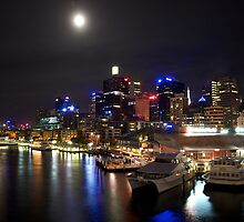 Shining under the moon- Darling Harbour by Jiamin