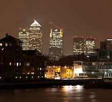 Canary Warf - the present and the past by Alexander Davydov