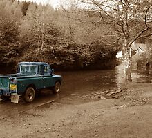 Landrover vs the river by Rob Hawkins