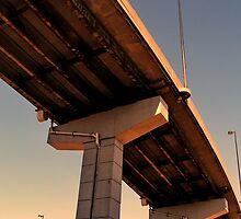 Gardiner Expressway by DaveTheCanuck