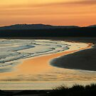 Seven Mile Beach at Gerroa, NSW by ChristinaR