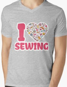 I love SEWING Mens V-Neck T-Shirt