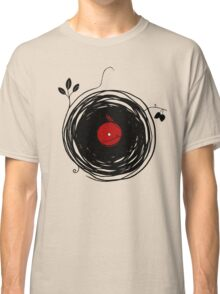 Spinning vinyl, Bird Nest, Grunge Design Classic T-Shirt