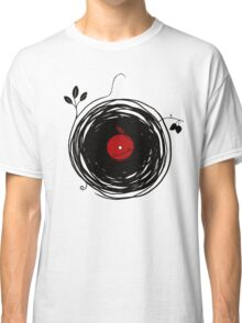 Spinning vinyl, Bird Nest, Grunge Design Classic T-Shirt