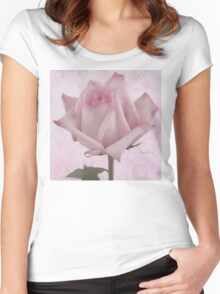 Single Pink Rose Blossom Women's Fitted Scoop T-Shirt