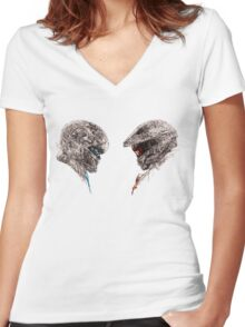 Halo 5 art Women's Fitted V-Neck T-Shirt