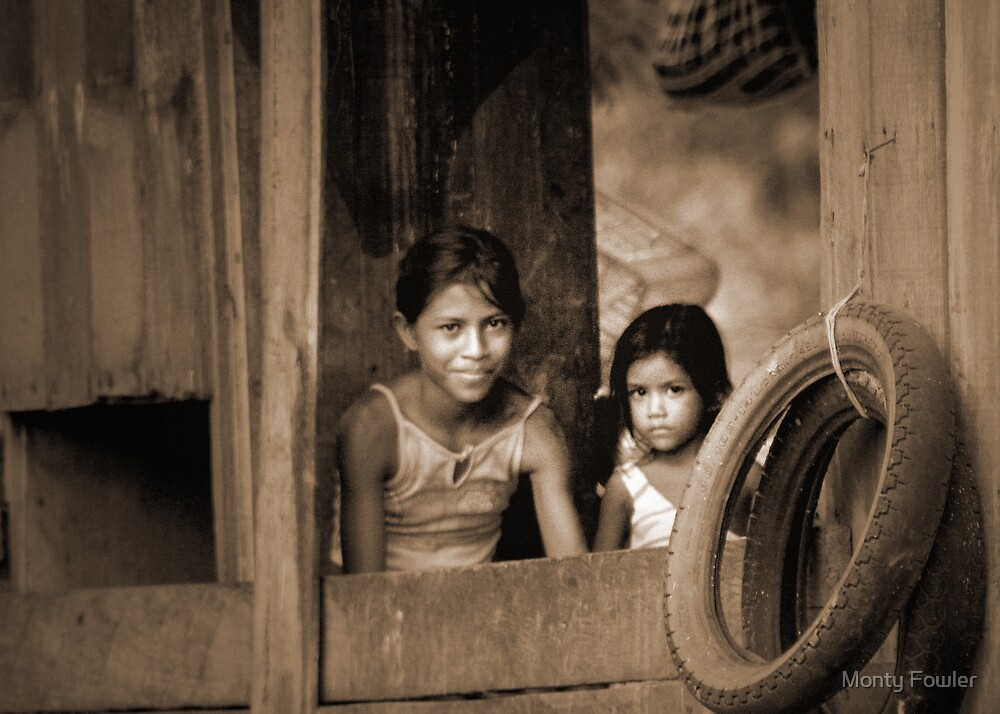 Duas Meninhas (Two Girls) by Monty Fowler