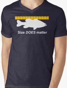 Size does matter - fishing T-shirt Mens V-Neck T-Shirt