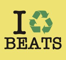 I Recycle Beats One Piece - Short Sleeve