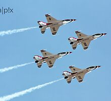 Thunderbirds by pandapix