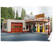 Hailstone Food and Gas store, Issaquah, Washington, USA Poster