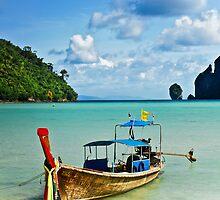 Thai Long Tail Boat by Alexander  Mieszkowski