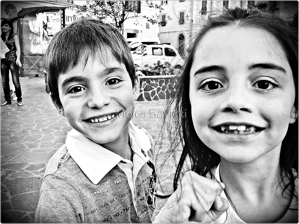:-) Two Extremly Happy Faces (-: by Mojca Savicki