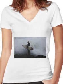 Surfer Dude Women's Fitted V-Neck T-Shirt