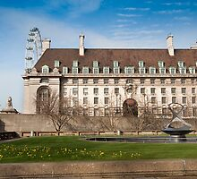 The Marriott Hotel: Westminster Bridge, London, UK. by DonDavisUK