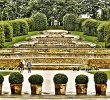 Alnwick Gardens. by Sue Smith