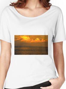 Billowy Sunset Women's Relaxed Fit T-Shirt
