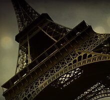 Vintage romantic Eiffel Tower by Jodi Fleming