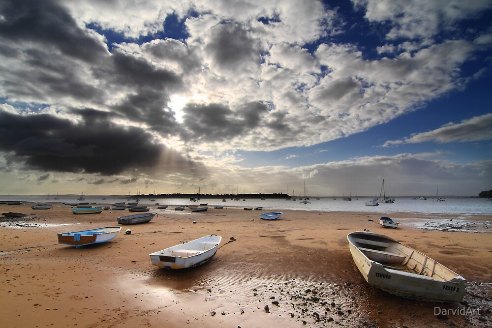 Shore leave by DarvidArt