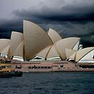 Sydney Opera House    by VenusOak