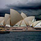 Sydney Opera House    by VenusOak