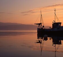 Fishing boat in Norway by ibphotos