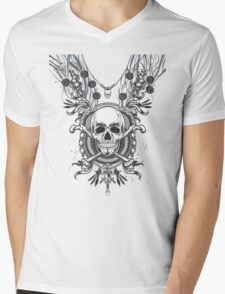 Crossbone Necklace Mens V-Neck T-Shirt