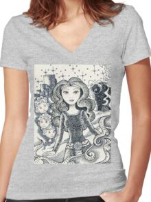 Iconic M Women's Fitted V-Neck T-Shirt