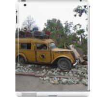 Cada objeto que tiene un pasado, lleva una historia......... iPad Case/Skin