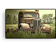 The Rusty Truck Canvas Print