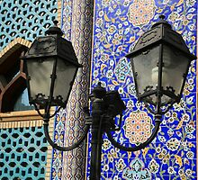 Iranian Mosque by PaulineC
