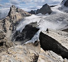 Hilda Peak and Boundary Glacier, Banff National Park by Neil Thompson