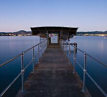 Dusk on the Derwent - Hobart, Tasmania. by Liam Byrne