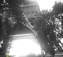 Eiffel Tower by MissKimberleyO