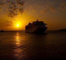 MSC Splendida - Valletta by Patrick Anastasi