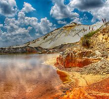 Beautifull mine dumps by Rudi Venter