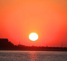 Atlantic Beach Sunset by Serinidia