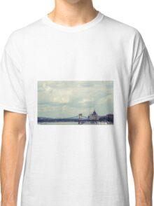 Budapest panorama Classic T-Shirt