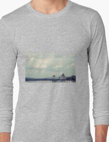 Budapest panorama Long Sleeve T-Shirt