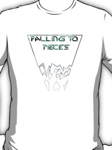 Falling to pieces  T-Shirt