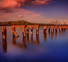 Lake Hume 7 by John Vandeven